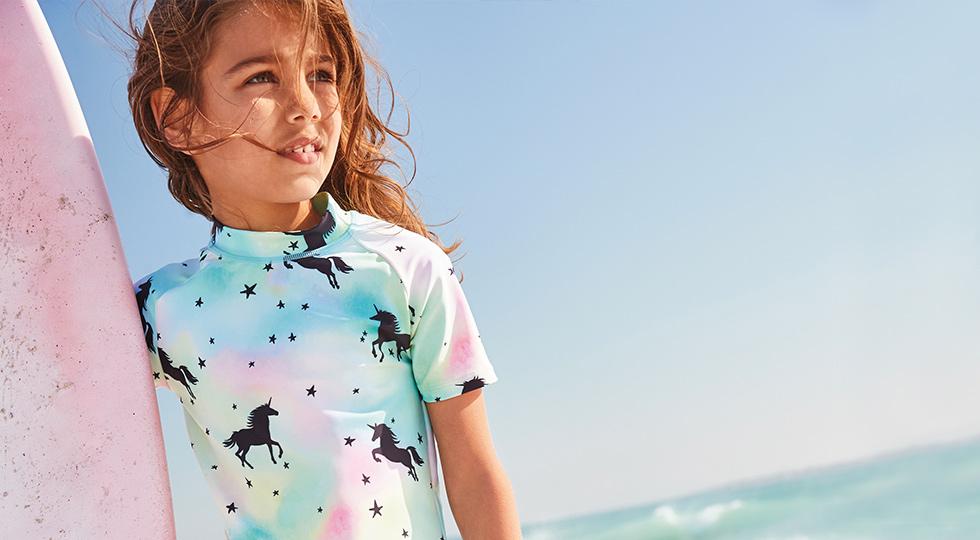Солнцезащитная пляжная одежда